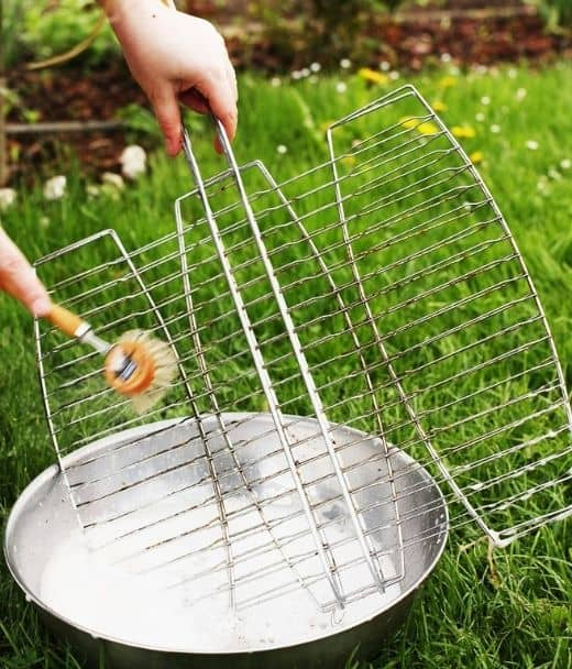 Clean The Grate With A Brush For Best Efficiency
